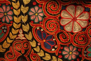 Kazakh_rug_chain_stitch_embroidery